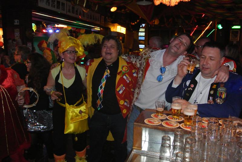 Carnaval 2014 Cafe het centrum-040